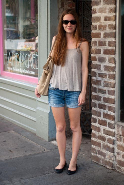 womens southern fashion, street style in the south, Charleston street style