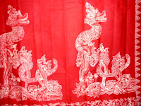 Motif Naga Junun Jucung ini biasa dikenakan oleh pembesar atau di kalangan bangsawan Sumedang