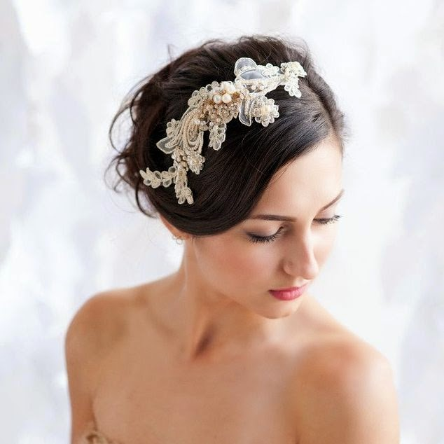 Wedding headpiece I pinned via tessakim.com