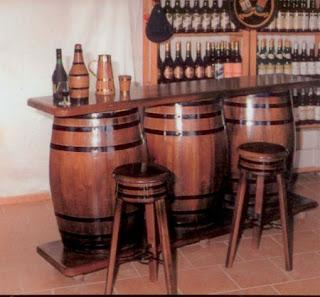 La web de la decoracion y el mueble en la red barriles y for Modelos de barras de bar