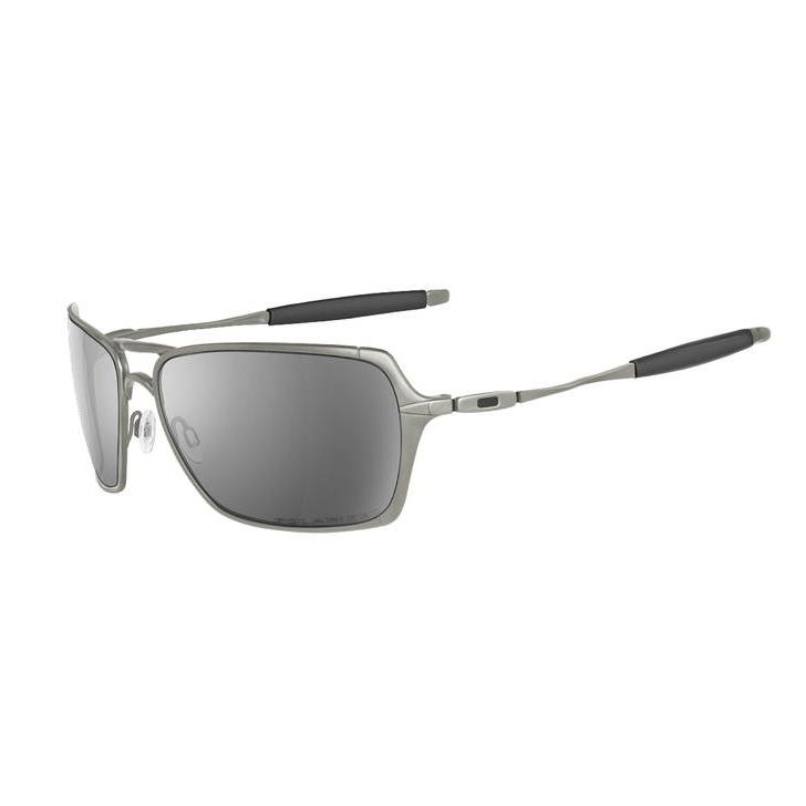be0f91a5dab19 Diferente de todos os modelos da Oakley já produzido, a Oakley traz para  vocês o Inmate. Um óculos perfeito para você, pois ele vem em um estilo  aviador só ...