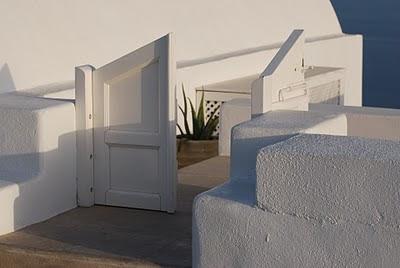 Una puerta en Santorini