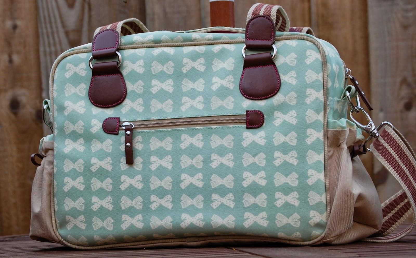 family fever pink lining changing bag review. Black Bedroom Furniture Sets. Home Design Ideas