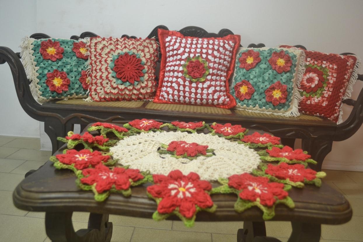 Centro de mesa floral a crochet gratis utilisima for Centro de mesa a crochet