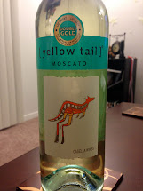 Kelly' Wine Tasting Yellow Tail Moscato