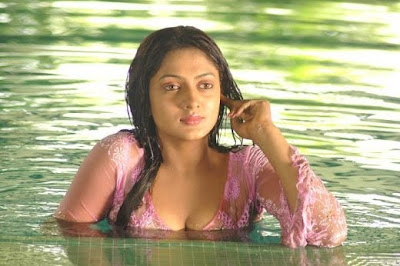 Actress Sheela Hot Sexy Photos