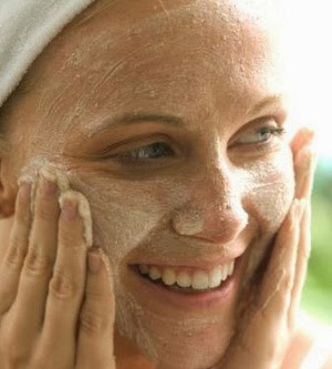 Exfoliate-Your-Skin-to-prevent-from-ageing