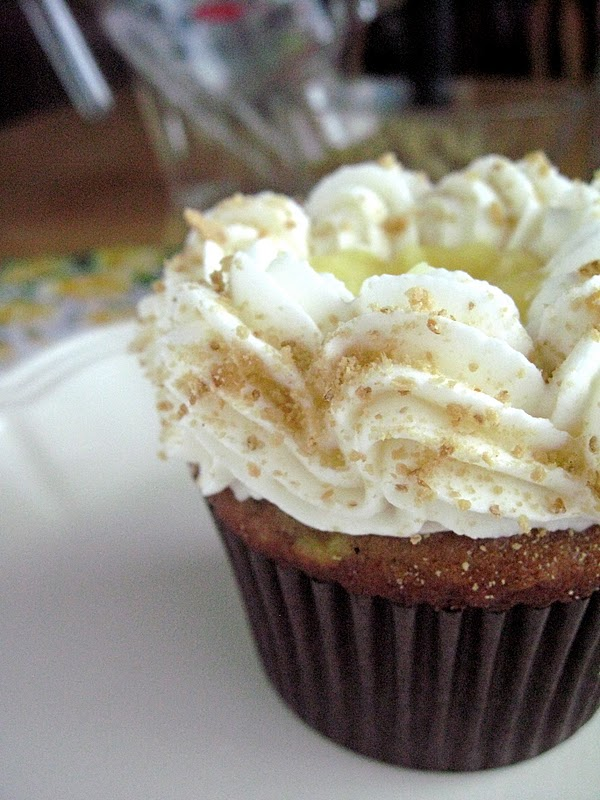 Banana Cream Pie Cupcakes - Your Cup of Cake