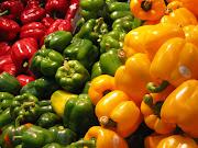 . composici de varias frutas verduras