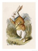 Un conejo blanco de dos metros