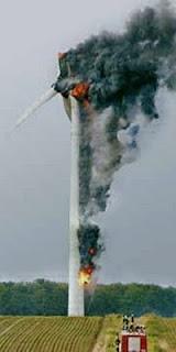 Ventoinha eolica a arder