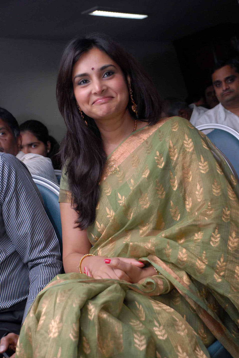 Ramya 1 - Ramya Pics in Saree