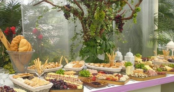 Mesas tema para tus eventos smile - Mesa de quesos para bodas ...