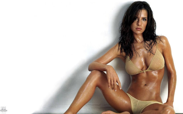 Kelly Monaco Celebrity HD Wallpaper