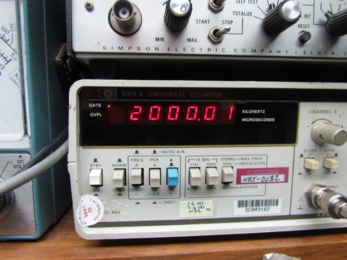 Frequency Counter Theory : Crawls backward when alarmed hickok signal