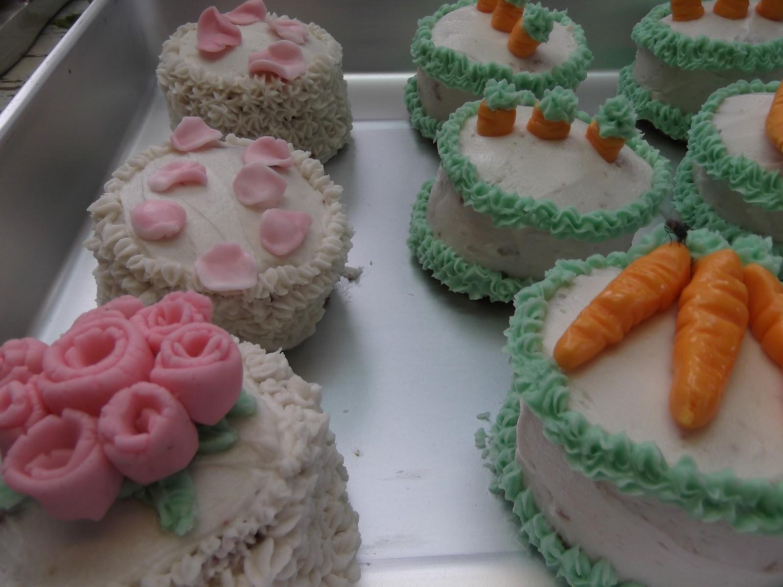 Gingerbread Men- Recipe Blog: Cream-Cheese Buttercream Frosting