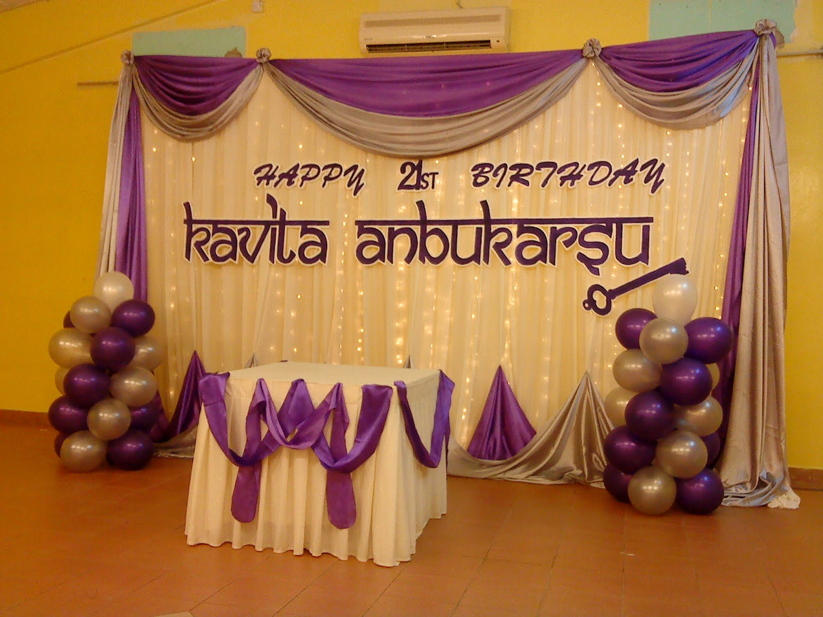 Raags management services 21st birthday deco purple white for 21st bday decoration ideas