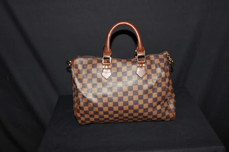 FL DESIGNS&TRADES HOT HANDBAG OF THE MONTH