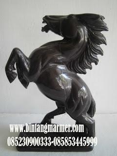 Patung Kuda Antik