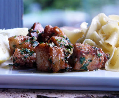Chicken Breasts with Garlic and Parsley