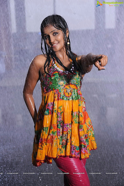 remya nambeesan hot and wet rain dance