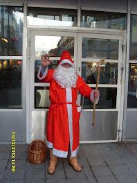 Tullintorin Joulupukki käytettävissä eri tilaisuuksissa