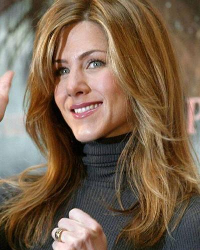 Jennifer Aniston  Hairstyles Photos zgmbz