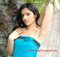 indian girl under arm hairs