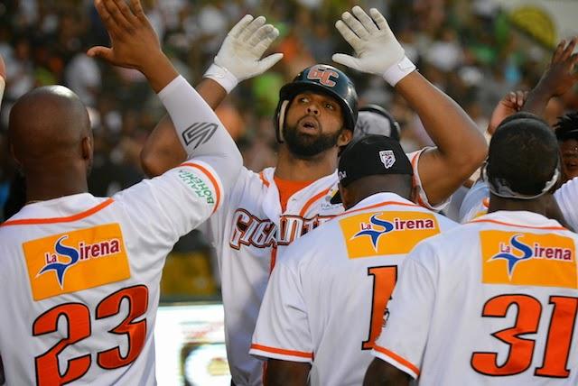 Los Gigantes del Cibao se colocan a un triunfo de conquistar su primera corona del Béisbol Profesional Dominicano.