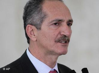 Aldo Rebelo: DENÚNCIAS DE CORRUPÇÃO NÃO VÃO MANCHAR A IMAGEM DO BRASIL