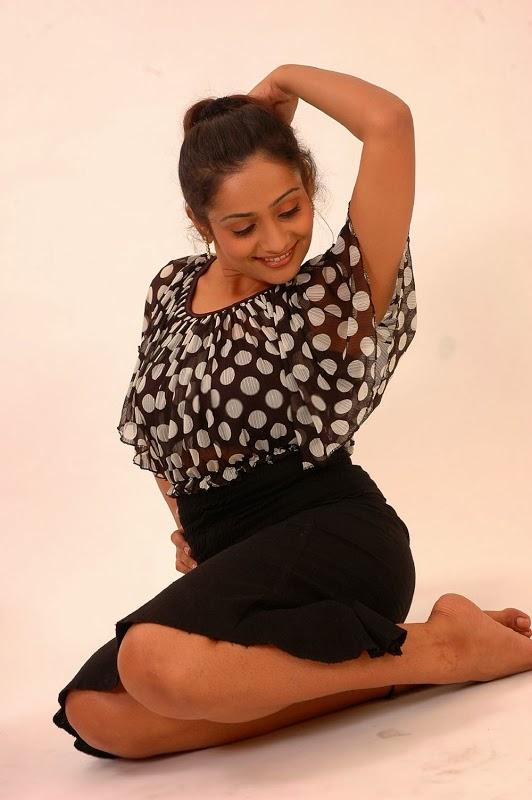 Meera Vasudev Hot Gallery