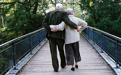 The Wanderer: Cute Old Couples
