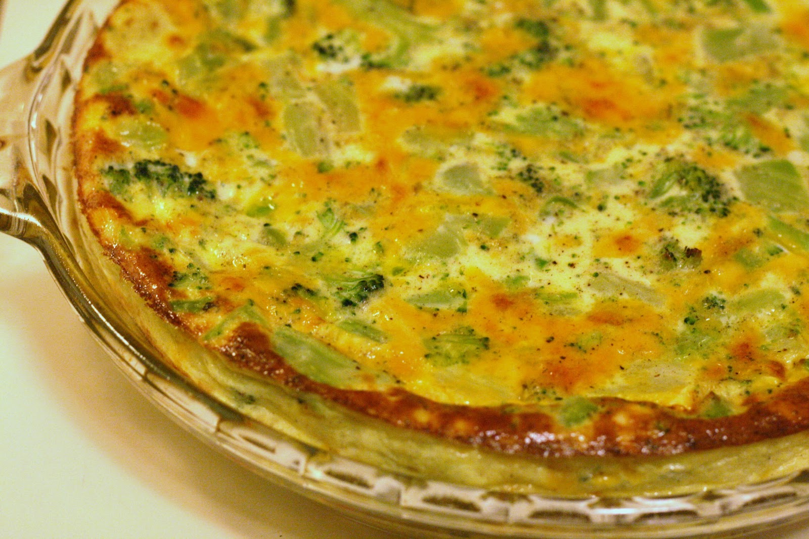 Laine's Recipe Box: Crustless Broccoli-Cheddar Quiches