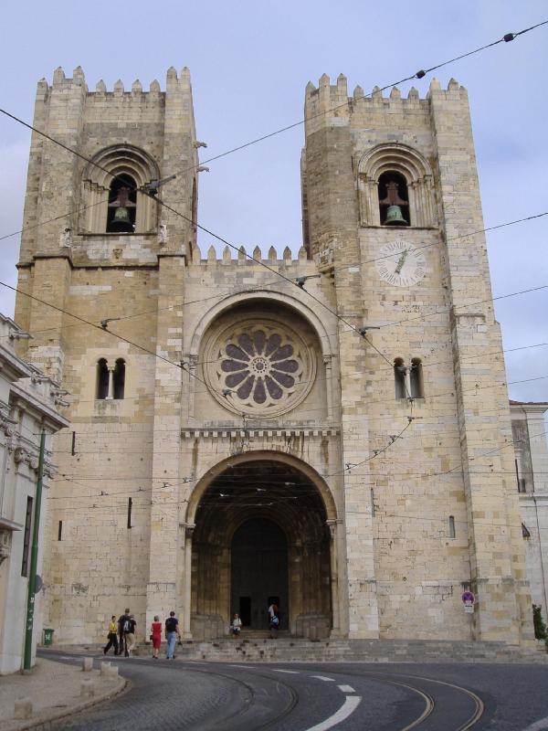 cool lisbon  lisbon cathedral s u00e9