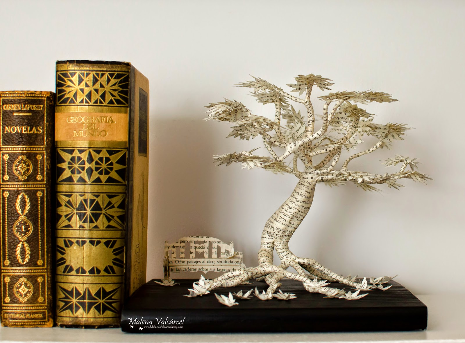 paper-tree-sculpture