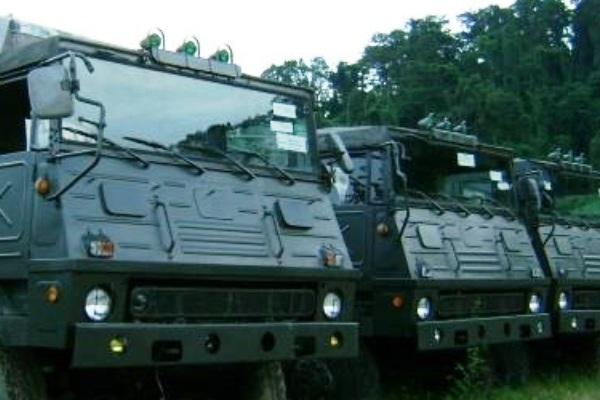 Truk militer. PROKIMAL ONLINE Kotabumi Lampung Utara