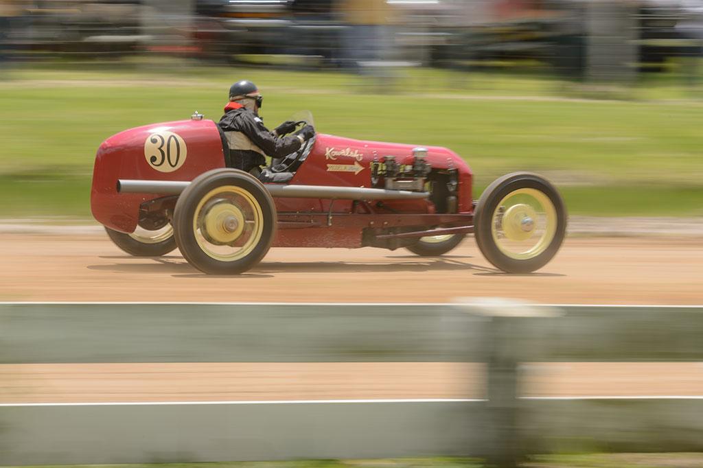 Jalopy Showdown racing