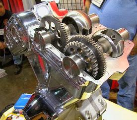 Mesin 4 Tak dengan klep Rotary