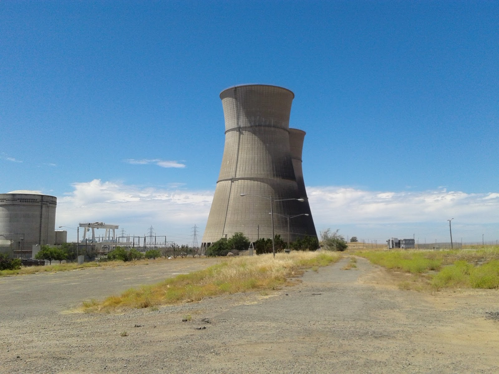 Sierra dragon 39 s breath rancho seco cooling towers seem for Rancho seco fishing