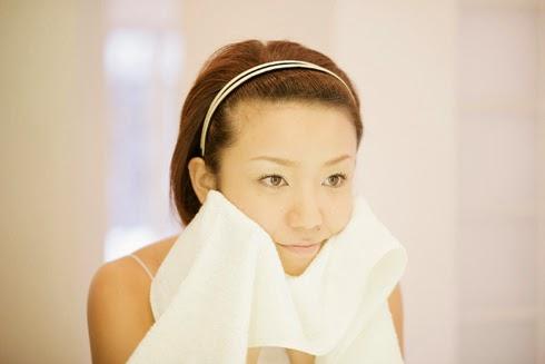 Mẹo rửa mặt để có làn da trắng hồng