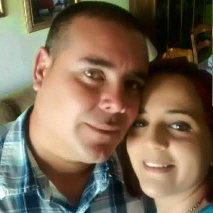 Ernold Banos y su esposa Yenis