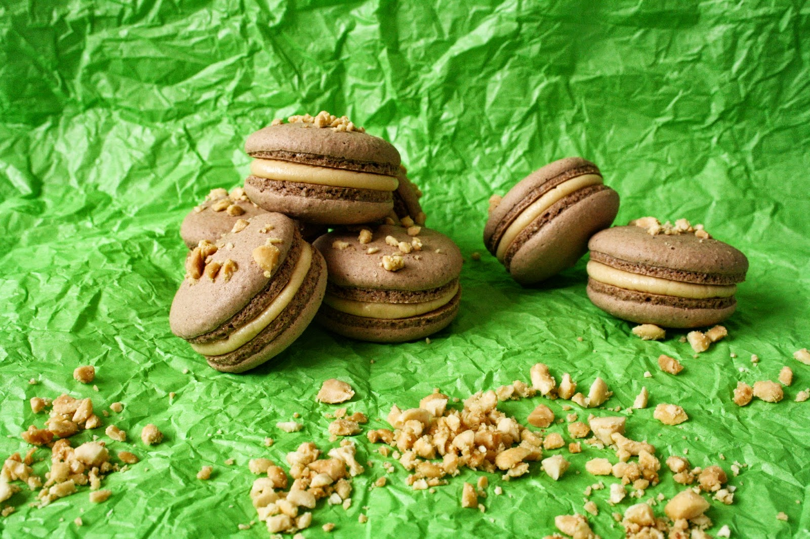 Floral Frosting: Snickers Macarons