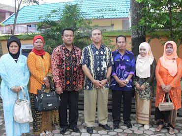 Foto Bersama di Hari Kartini  Tahun 2013