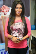 Hamida glamorous photos gallery-thumbnail-10