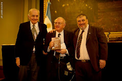 Reconocimiento a la trayectoria por el Congreso Nacional Argentino.