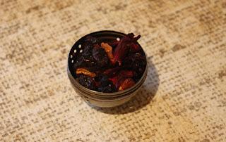 http://www.dmg-herbaty.pl/sklep/herbata-owocowa-bora-bora?search=bora