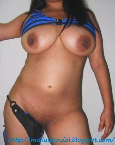 Hot Bollywood Actresses Bikini