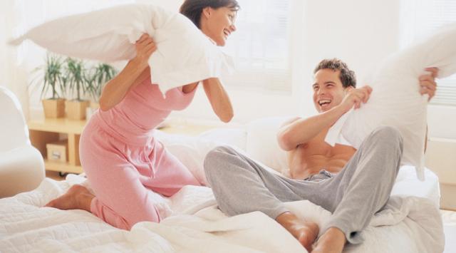 5 Hal yang Boleh dan Tak Boleh Dilakukan Sebelum Bercinta