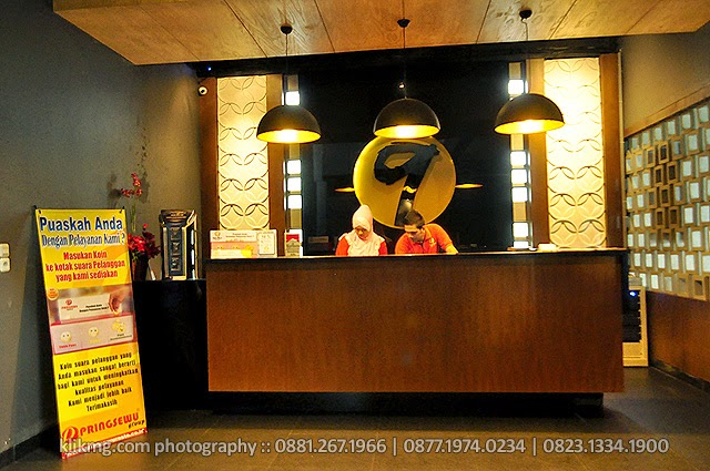 Table 9 Kitchen Restaurant - Photo by. KLIKMG.COM - Photographer Indonesia