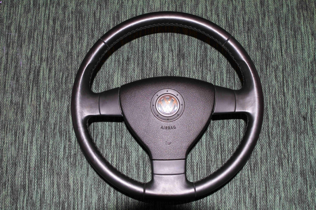 Как снять руль на фольксвагене пассат б5